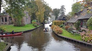 Thumbnail 4 van Bezoek aan Giethoorn (Holland Venetië)