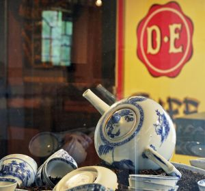 Douwe Egberts museum in Joure en varen door Sneek